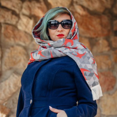 LennyScarf eşarfă din fire nobile Swallows Red & Grey (42% bumbac, 34% lână merino, 9% mătase, 15% caşmir) 2